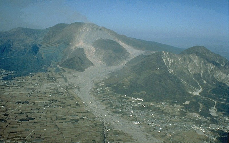 Historical Events Today: 1991 – Mount Unzen Erupts in Japan!